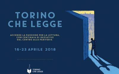 Torino che legge al Ponte sulla Dora